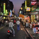 Noční trh HuaXi Taipei