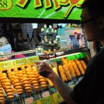 Párky v těstíčku noční trh Shilin Taipei